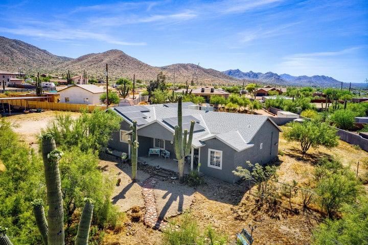 39605 N NEW RIVER Road, Phoenix, AZ 85086