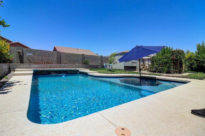 8512 W SONORA Street, Tolleson, AZ 85353
