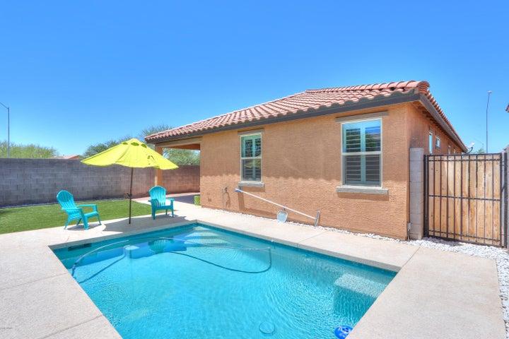18299 N RUSSELL Drive, Maricopa, AZ 85138