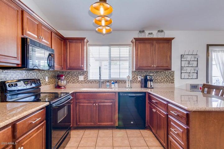 4749 W BLUEFIELD Avenue, Glendale, AZ 85308