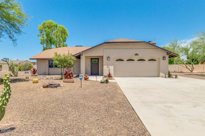 4828 W SOFT WIND Drive, Glendale, AZ 85310
