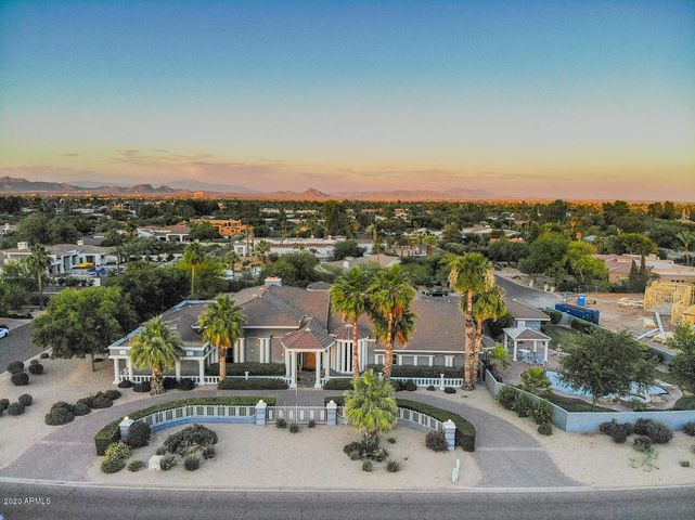 6828 E Valley Vista Lane, Paradise Valley, AZ 85253
