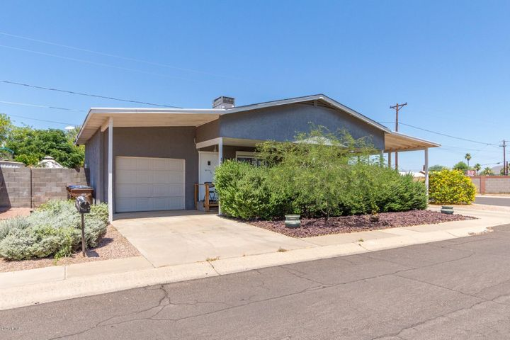 120 S STARDUST Lane, Apache Junction, AZ 85120