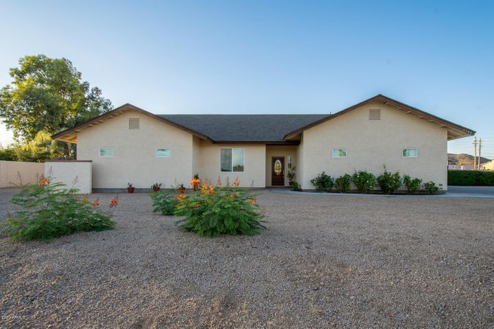 5102 W FALLEN LEAF Lane, Glendale, AZ 85310