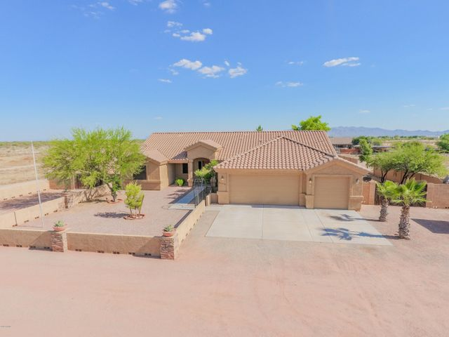 32408 N 211TH Avenue, Wittmann, AZ 85361
