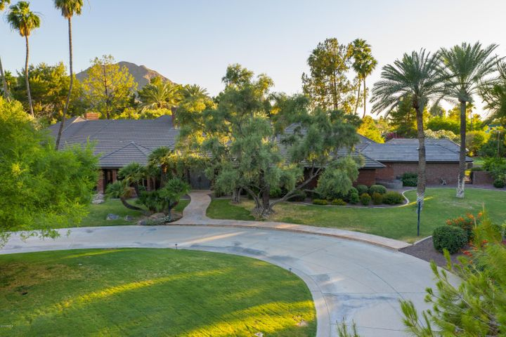 6600 N INVERGORDON Road, Paradise Valley, AZ 85253