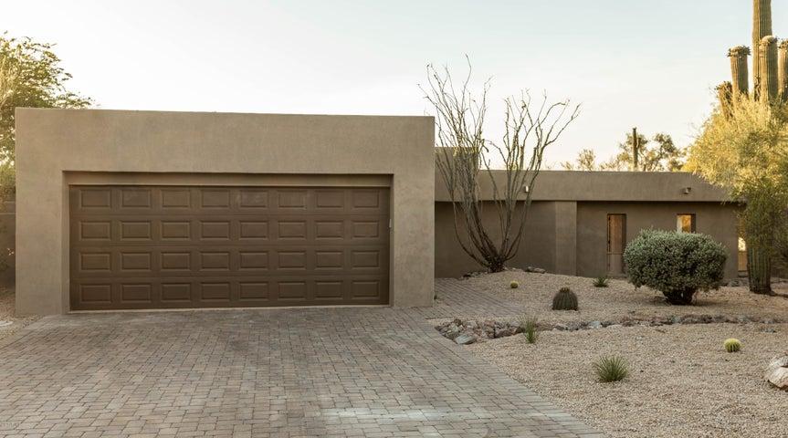 1041 N BOULDER Drive, Carefree, AZ 85377