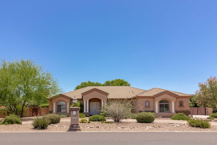 Beautiful custom home in desirable Orchard Ranch horse property community.