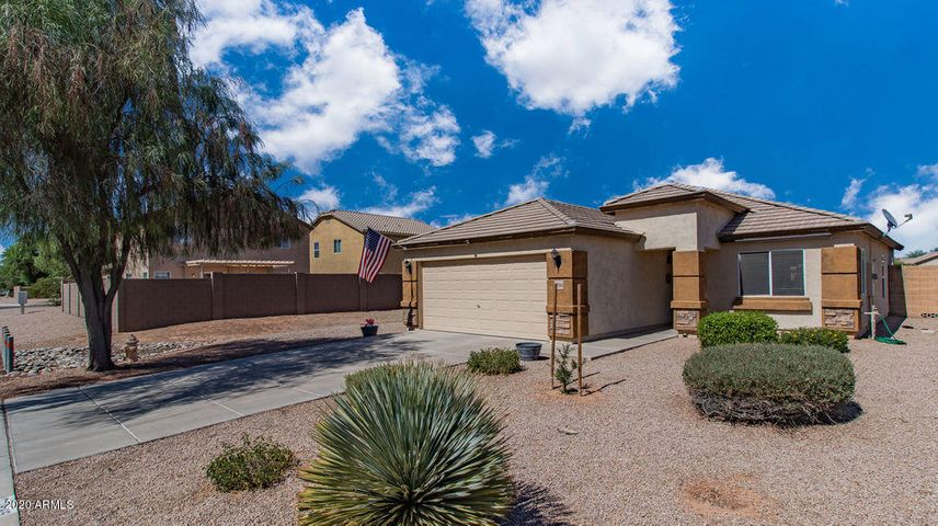 27985 N GOLD Lane, San Tan Valley, AZ 85143