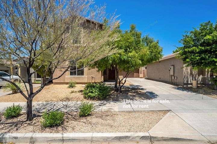 2514 W FLORENTINE Road, Phoenix, AZ 85086