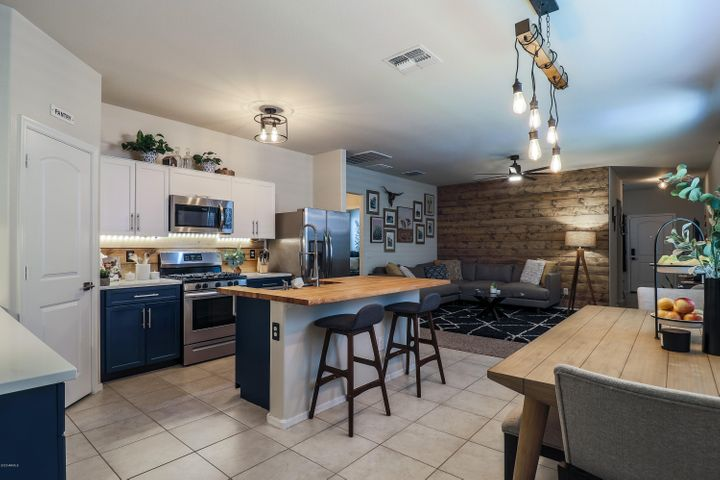 30928 W PICADILLY Road, Buckeye, AZ 85396