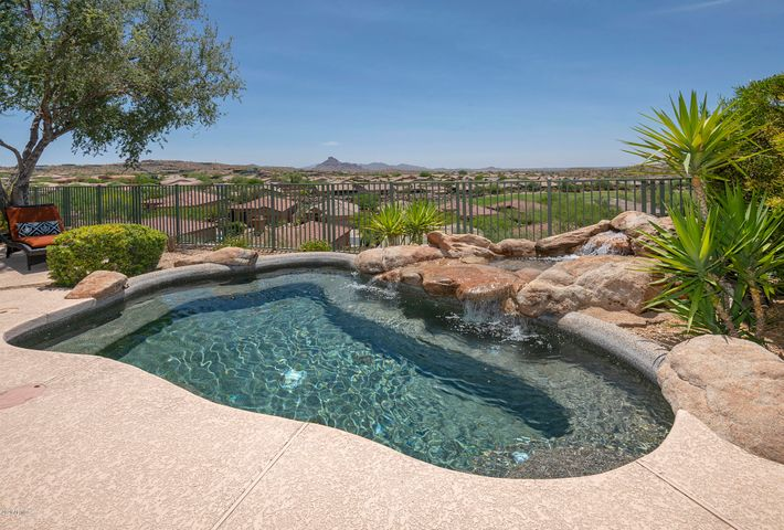 9435 N SUMMER HILL Boulevard, Fountain Hills, AZ 85268