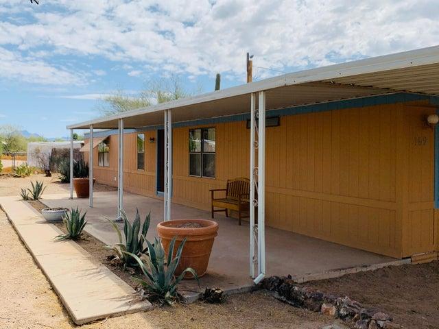 169 S TOMAHAWK Road, Apache Junction, AZ 85119