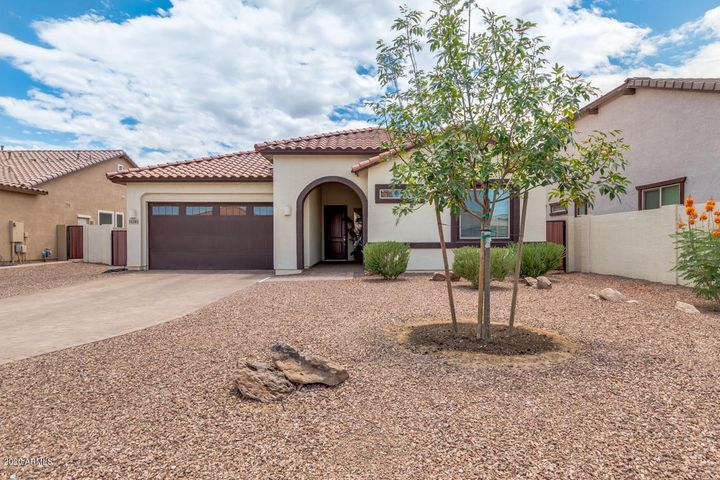 19285 E CARRIAGE Way, Queen Creek, AZ 85142
