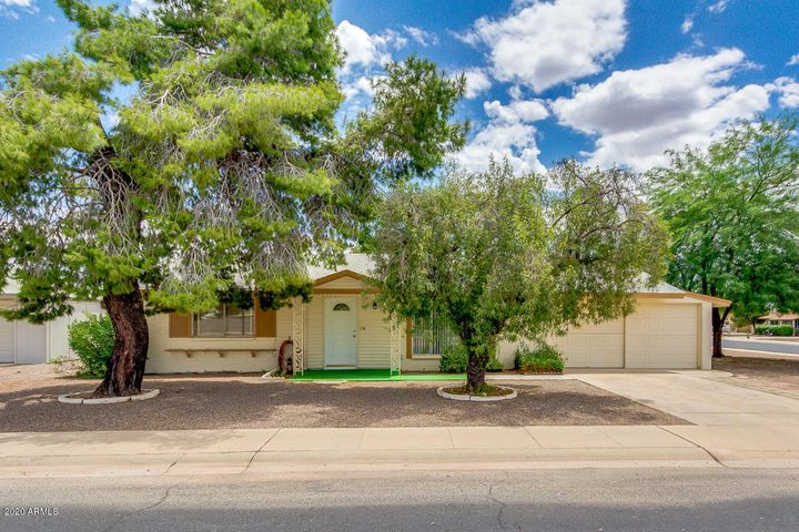 11221 N 111TH Avenue, Sun City, AZ 85351