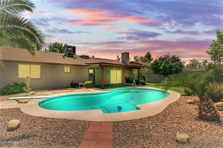 10811 N 46TH Avenue, Glendale, AZ 85304