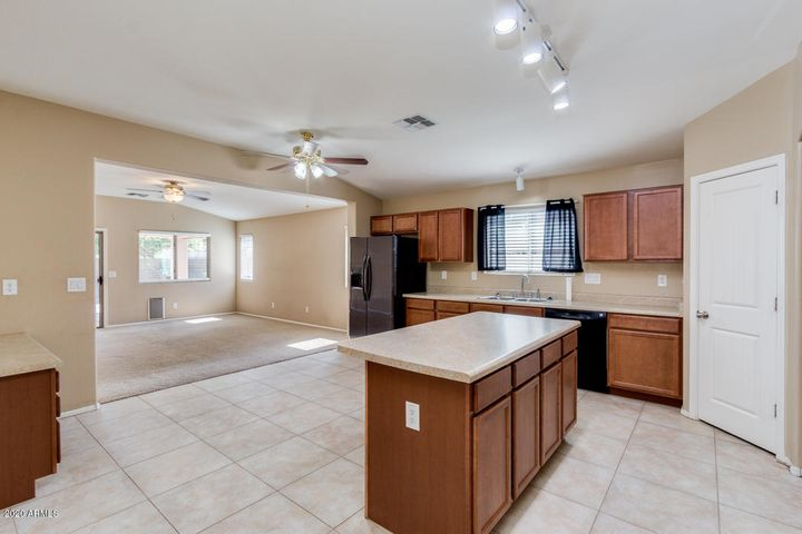 1529 W FRUIT TREE Court, Queen Creek, AZ 85142