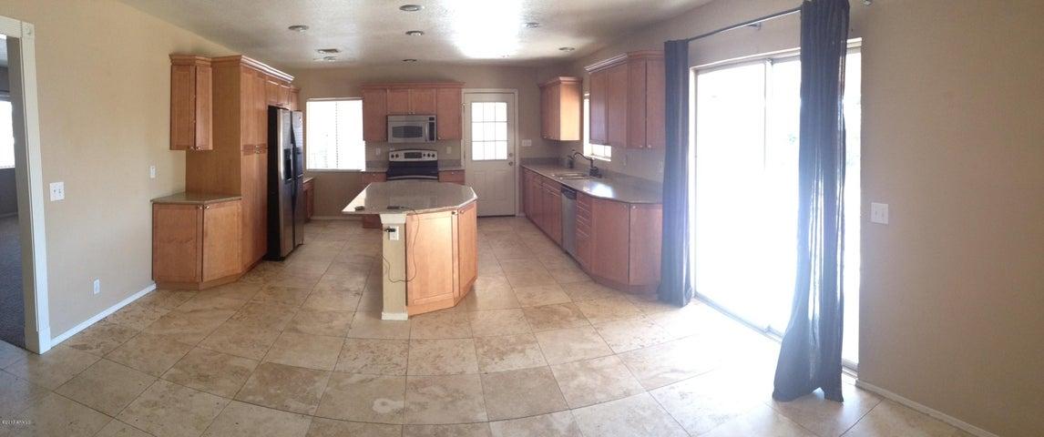 8214 E COOLIDGE Street, Scottsdale, AZ 85251