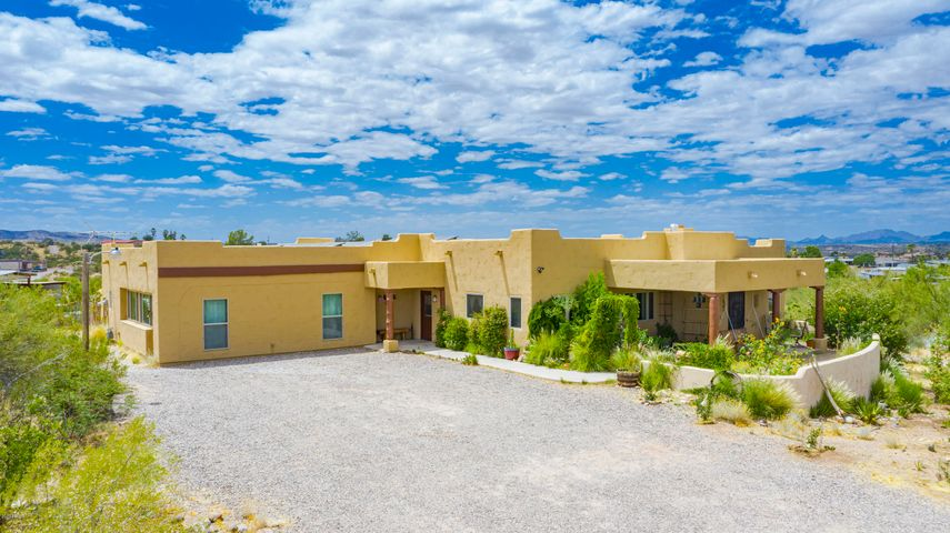 840 S VULTURE MINE Road, Wickenburg, AZ 85390