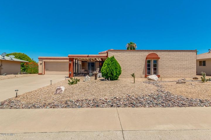 9608 W PINERIDGE Drive, Sun City, AZ 85351