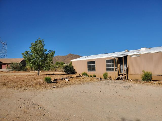 39805 N NEW RIVER Road, Phoenix, AZ 85086