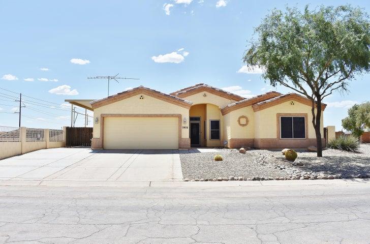 16030 S PLACER Road, Arizona City, AZ 85123