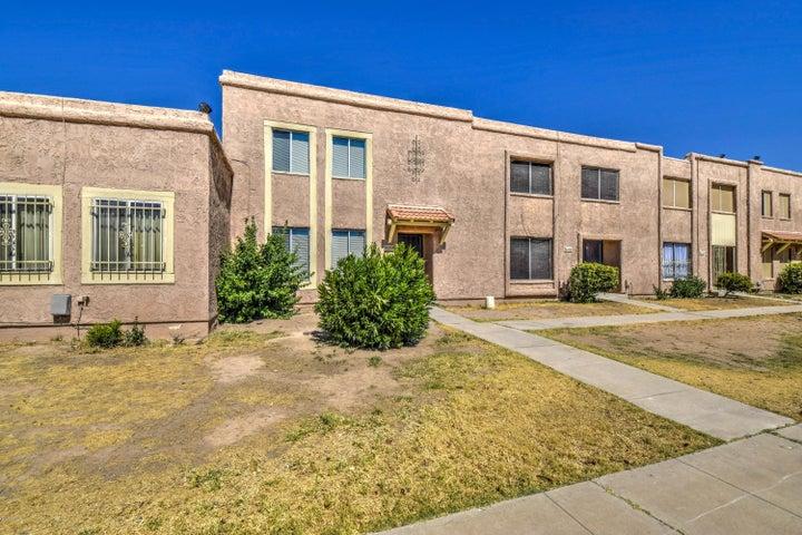 8430 N 32ND Lane, Phoenix, AZ 85051