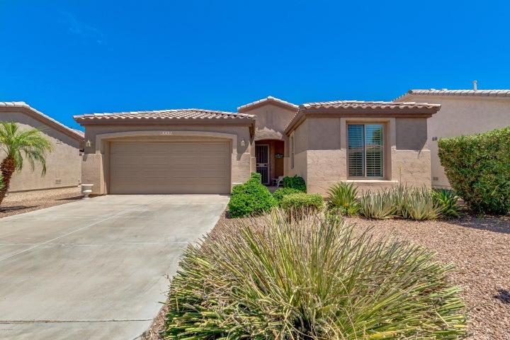 4712 E CAROB Drive, Gilbert, AZ 85298