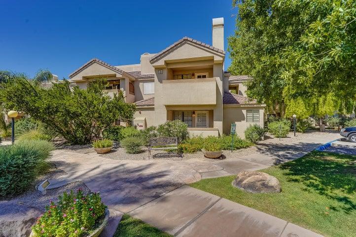 6885 E COCHISE Road, 206, Paradise Valley, AZ 85253