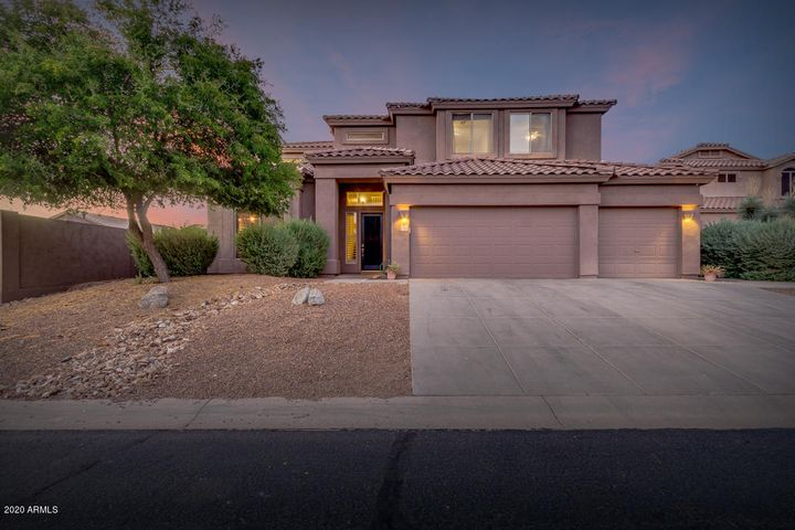 7526 E Orion Circle, Mesa, AZ 85207