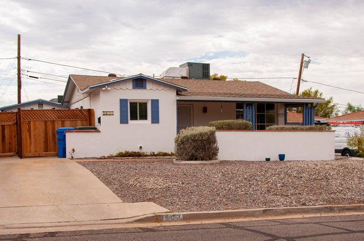 9853 N 1ST Street, Phoenix, AZ 85020