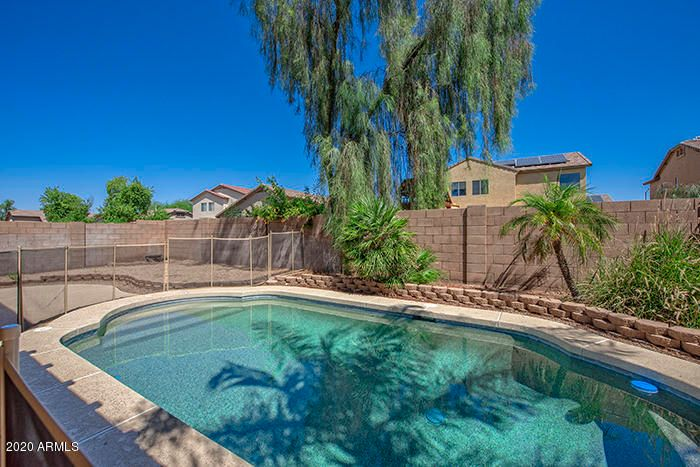 16048 W PORT AU PRINCE Lane, Surprise, AZ 85379