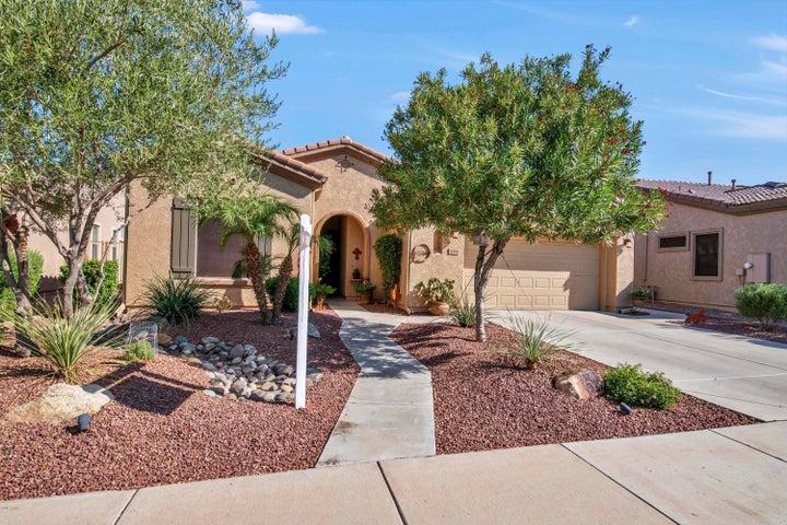 4446 E CAROB Drive, Gilbert, AZ 85298