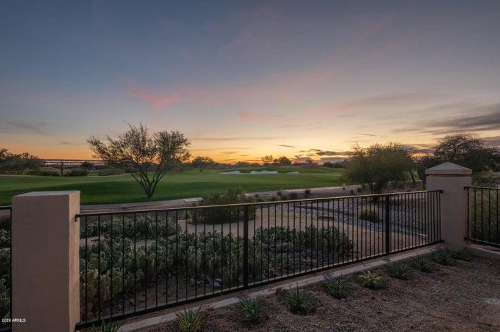 7737 E HARTFORD Drive, Scottsdale, AZ 85255
