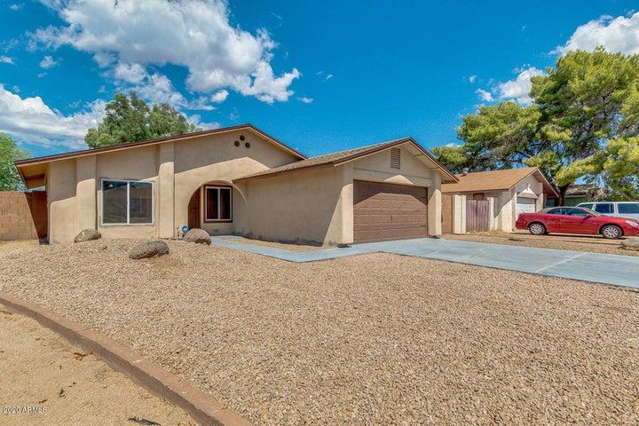 8640 N 56TH Drive, Glendale, AZ 85302