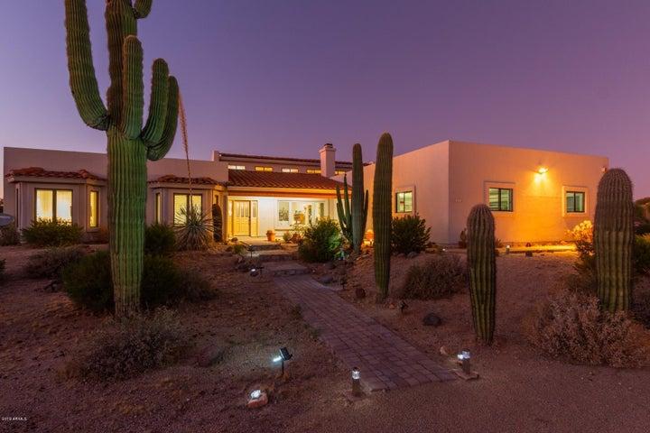 8112 E VIA DE LUNA Drive, Scottsdale, AZ 85255