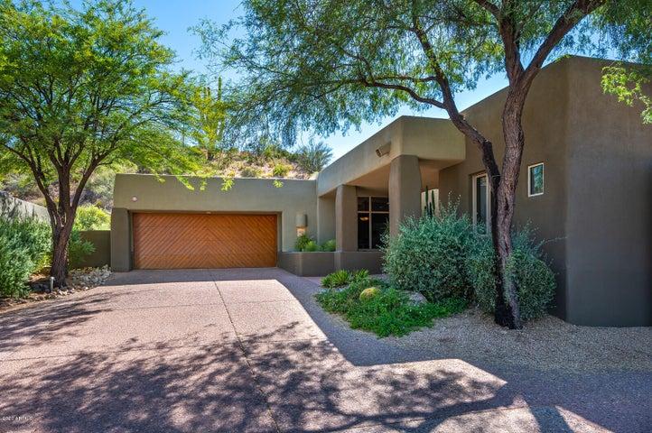 9939 E Graythorn Drive, Scottsdale, AZ 85262