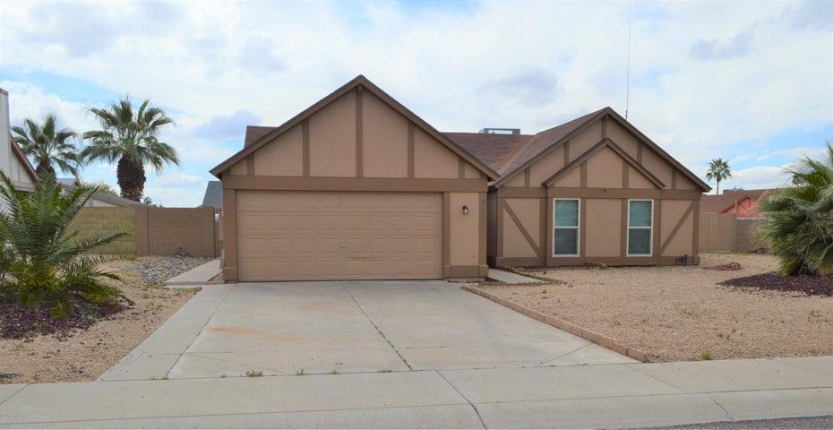 8439 W LARKSPUR Drive, Peoria, AZ 85381