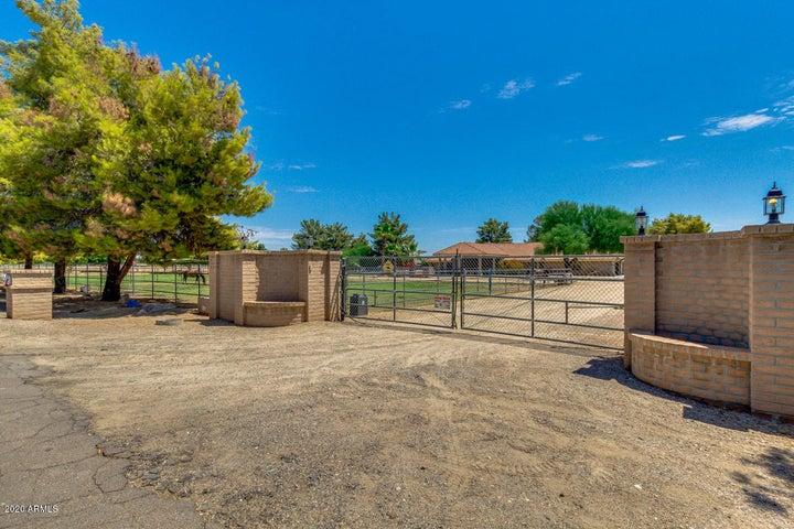 6905 N 181st Avenue, Waddell, AZ 85355