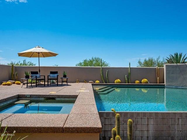 10381 E LOVING TREE Lane, Scottsdale, AZ 85262