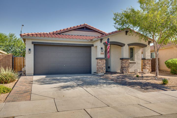 17346 W WOODLANDS Avenue, Goodyear, AZ 85338