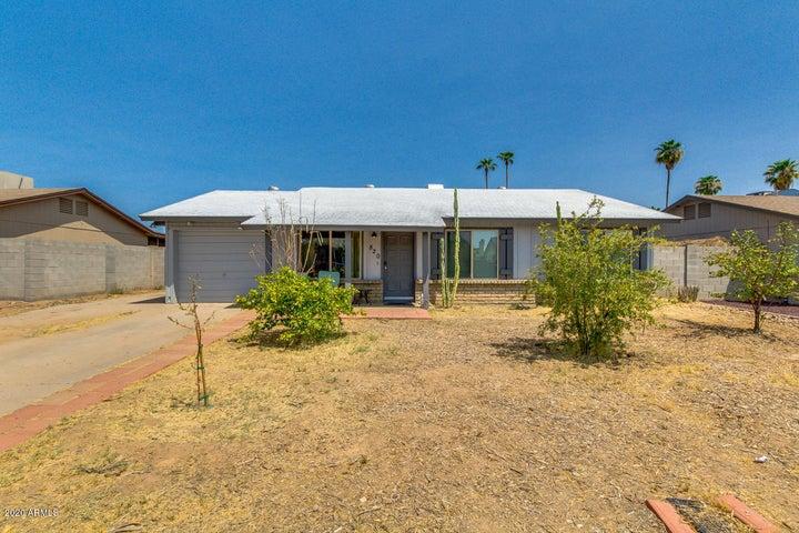 820 W OXFORD Drive, Tempe, AZ 85283
