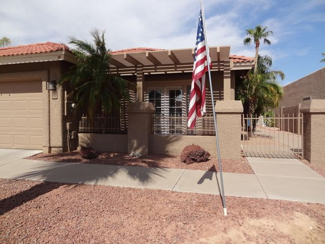 26609 S CLOVERLAND Drive, Sun Lakes, AZ 85248