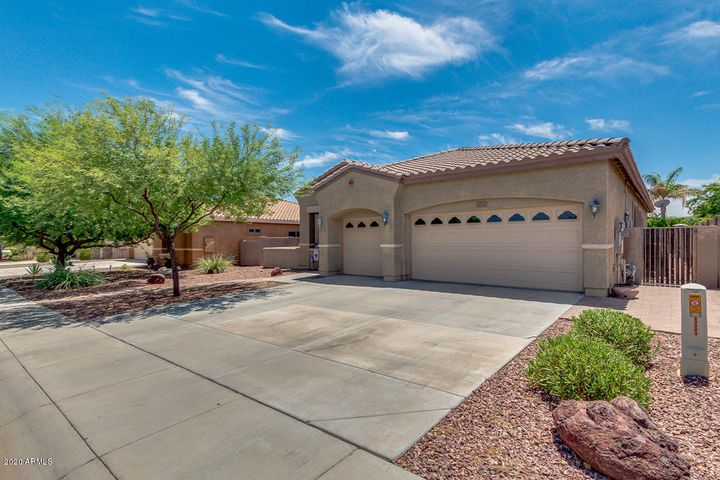 19229 W READE Avenue, Litchfield Park, AZ 85340