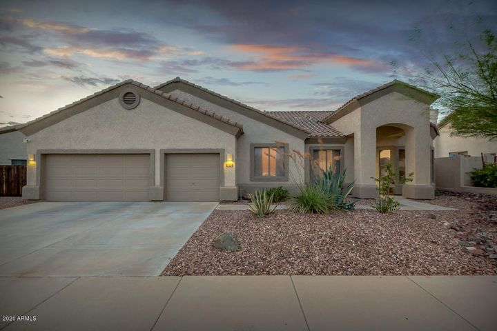 17608 W SUMMIT Drive, Goodyear, AZ 85338