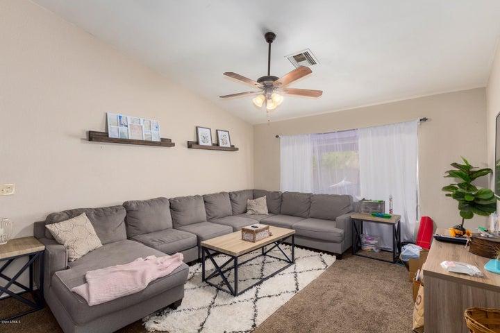 6201 W BERYL Avenue, Glendale, AZ 85302