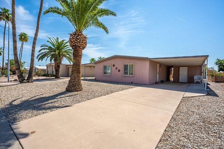 8981 E SUN LAKES Boulevard N, Sun Lakes, AZ 85248
