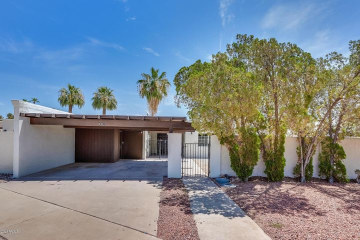 261 S OLD LITCHFIELD Road, Litchfield Park, AZ 85340