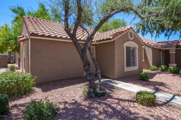 7040 W OLIVE Avenue, 4, Peoria, AZ 85345