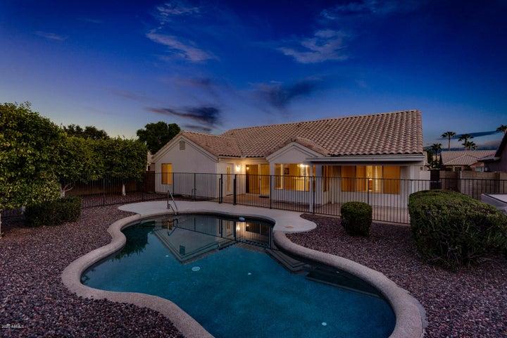 4324 W Fallen Leaf Lane, Glendale, AZ 85310